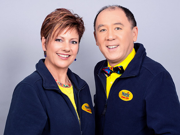 Contact Us! Caroline and Alan Vandome are Magic Party HQ